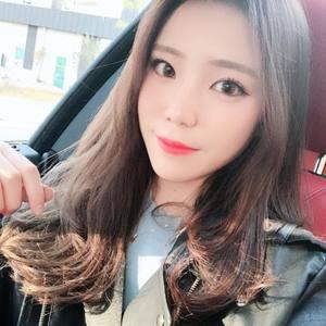 【上海 明桥 整形】真的好激动有下巴了!作为一个木有下巴的少女心里苦!感觉下巴对一个人的美丑真的非常重要,没有下巴的少女们快点行动吧!